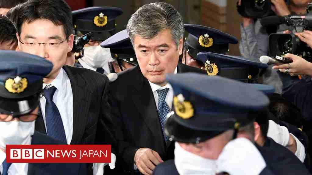 日本に#MeToo上陸 セクハラ疑惑で財務次官が辞任 - BBCニュース