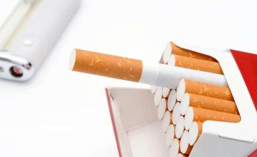 たばこ、聴力落ちるリスクも ニコチンが内耳に影響か