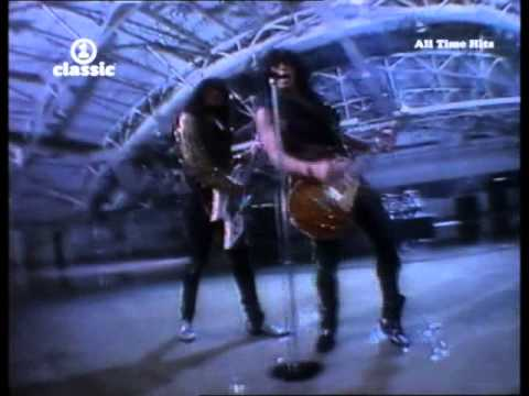 Kiss - God Gave Rock And Roll To You II - HQ Music Video 1991 ... - YouTube