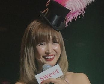 仕草まで色っぽい!紗栄子が男性カメラマンと踊る動画がかわいすぎた