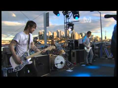 Foo Fighters - Learn To Fly (live) - YouTube