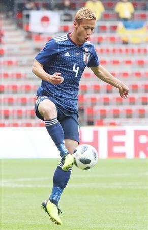 日本サッカー協会は本田を支持、ぜひとも最終メンバー入りに ハリル監督に介入へ(夕刊フジ) - Yahoo!ニュース