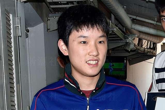 「張本智和が水谷隼と握手せず」朝日新聞、誤報で卓球協会出禁に - ライブドアニュース