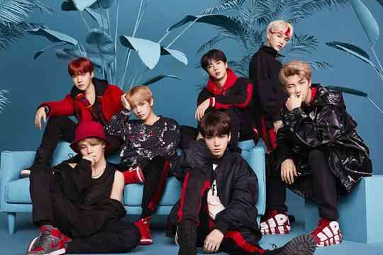 BTS (防弾少年団)、4月28日放送のNHK「SONGS」に初出演。全3曲パフォーマンス&インタビューも - TOWER RECORDS ONLINE