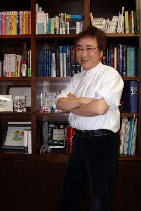 高須クリニック院長・高須克弥さん「ボクにとって赤坂は青春の街だった」 | 赤坂経済新聞