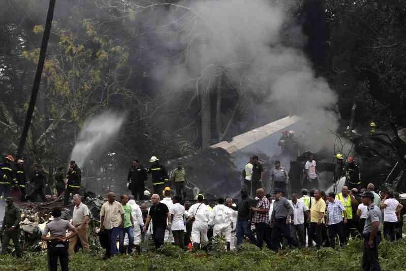 キューバ機墜落:100人以上が死亡報道 79年製の機体 - 毎日新聞