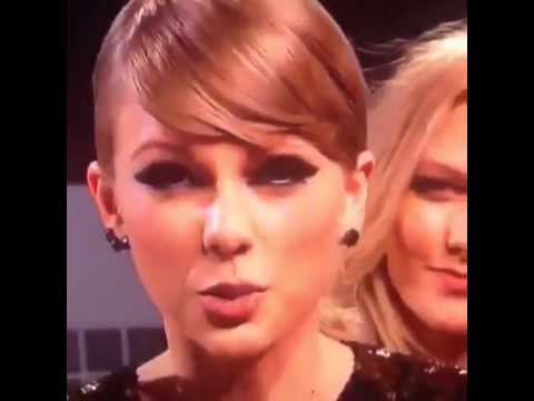 Taylor Swift farted at the vmas - YouTube