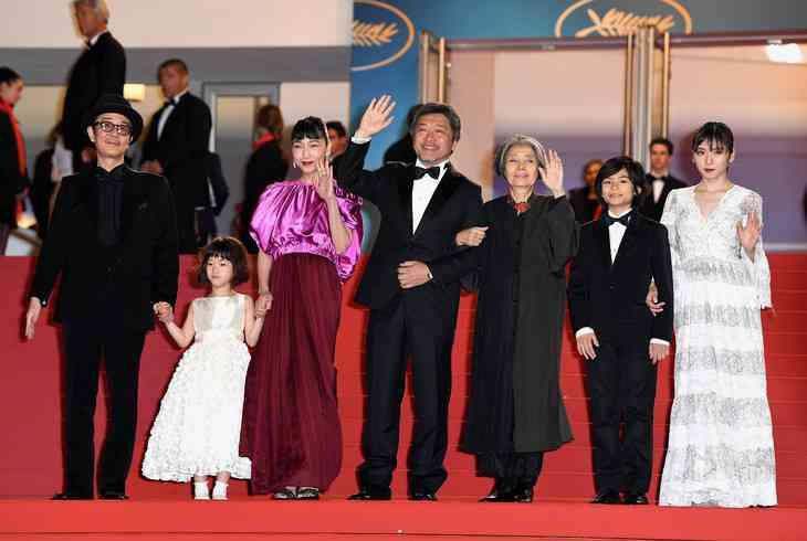 カンヌ映画祭 是枝裕和監督「万引き家族」パルムドール受賞 日本人21年ぶり