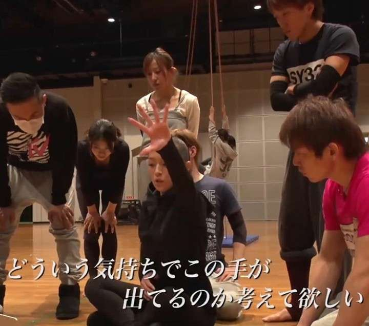 浜崎あゆみ、スタッフにサイン入りルブタン贈る 社員「(浜崎は)周りにも厳しいけど自分にも厳しい」