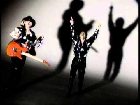 [MV] YAH YAH YAH / CHAGE and ASKA - YouTube