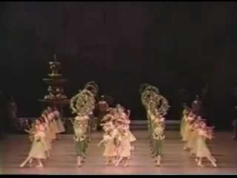 2-Sleeping Beauty-花輪のワルツ(村人たちの大ワルツ) - YouTube