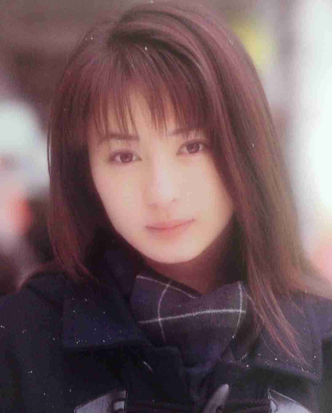 これが90年代美少女のクオリティ 新山千春16歳の制服姿が衝撃的な美しさ