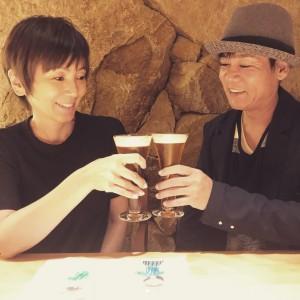 【エンタがビタミン♪】名倉潤&渡辺満里奈夫妻、結婚記念日2ショットに「CMみたいで素敵すぎ」の声 | Techinsight(テックインサイト)|海外セレブ、国内エンタメのオンリーワンをお届けするニュースサイト