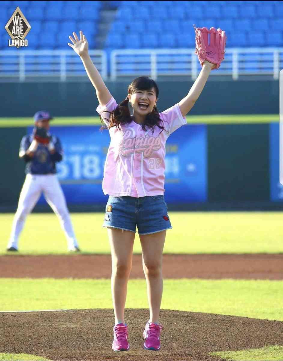 福原愛、初の母の日に台湾で始球式 ノーバウンド投球に「87点。これ以上はない」