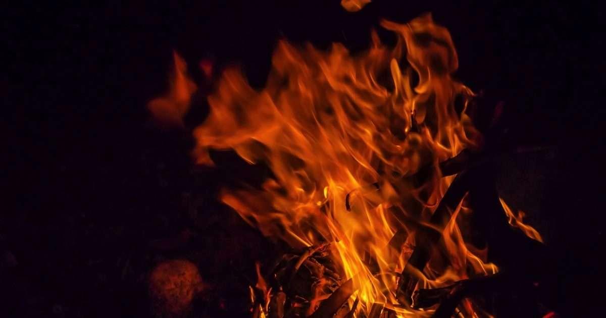 子供2人で留守番中に火事、10歳弟死亡か 「つらすぎる…」とネット民絶句 – しらべぇ   気になるアレを大調査ニュース!