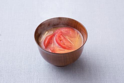味噌汁に「意外と」あう食材は? 1位「トマト」 | おたくま経済新聞