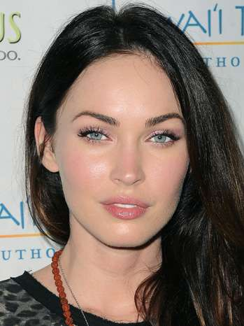 Megan Fox on Joining Twitter: 'I'm Incredibly Late to the Party' | Hollywood Reporter