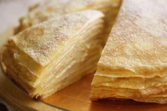 食パン1斤を47枚に極薄スライス!? 間にクリームをはさんで作ったミルフィーユがおいしそう