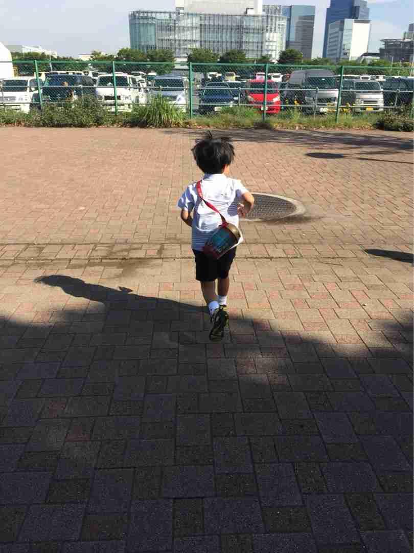 海老蔵 子どもたちが蝶を見ると「ママ」と追いかける…来月、麻央さん一周忌
