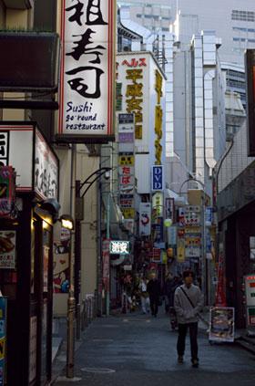 有吉弘行も絶賛する日本の風俗! 射精させるだけじゃない、風俗嬢に求められる「サービス精神」 - messy|メッシー