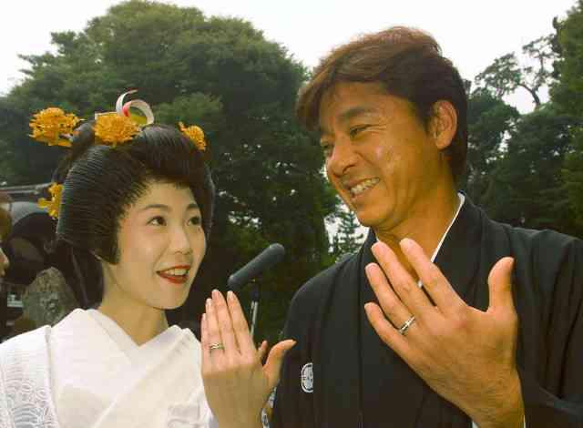 西城秀樹さん最期の姿を妻が明かす「おだやかに寝てるみたいに」 - ライブドアニュース