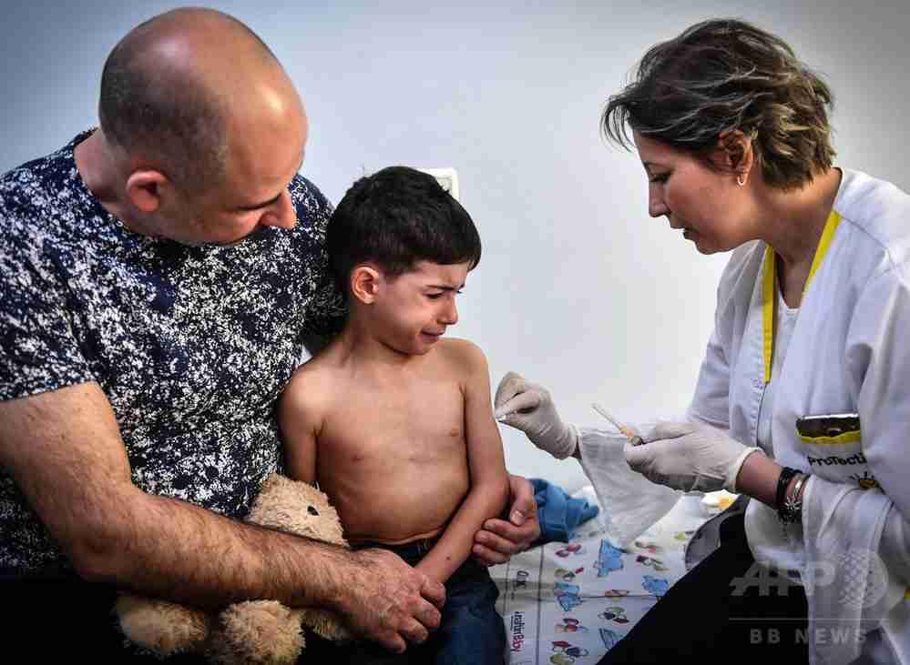 ワクチンに対する親の不信感で子ども多数が死亡、ルーマニア 写真2枚 国際ニュース:AFPBB News