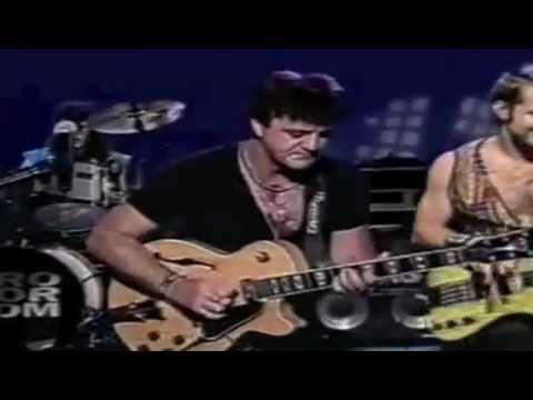 "Frank Gambale Performing ""Felicidad"" on Brasil Late Night TV Show - YouTube"