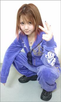 松井珠理奈、サングラス&ヤンキー風ファッションもかわいすぎ