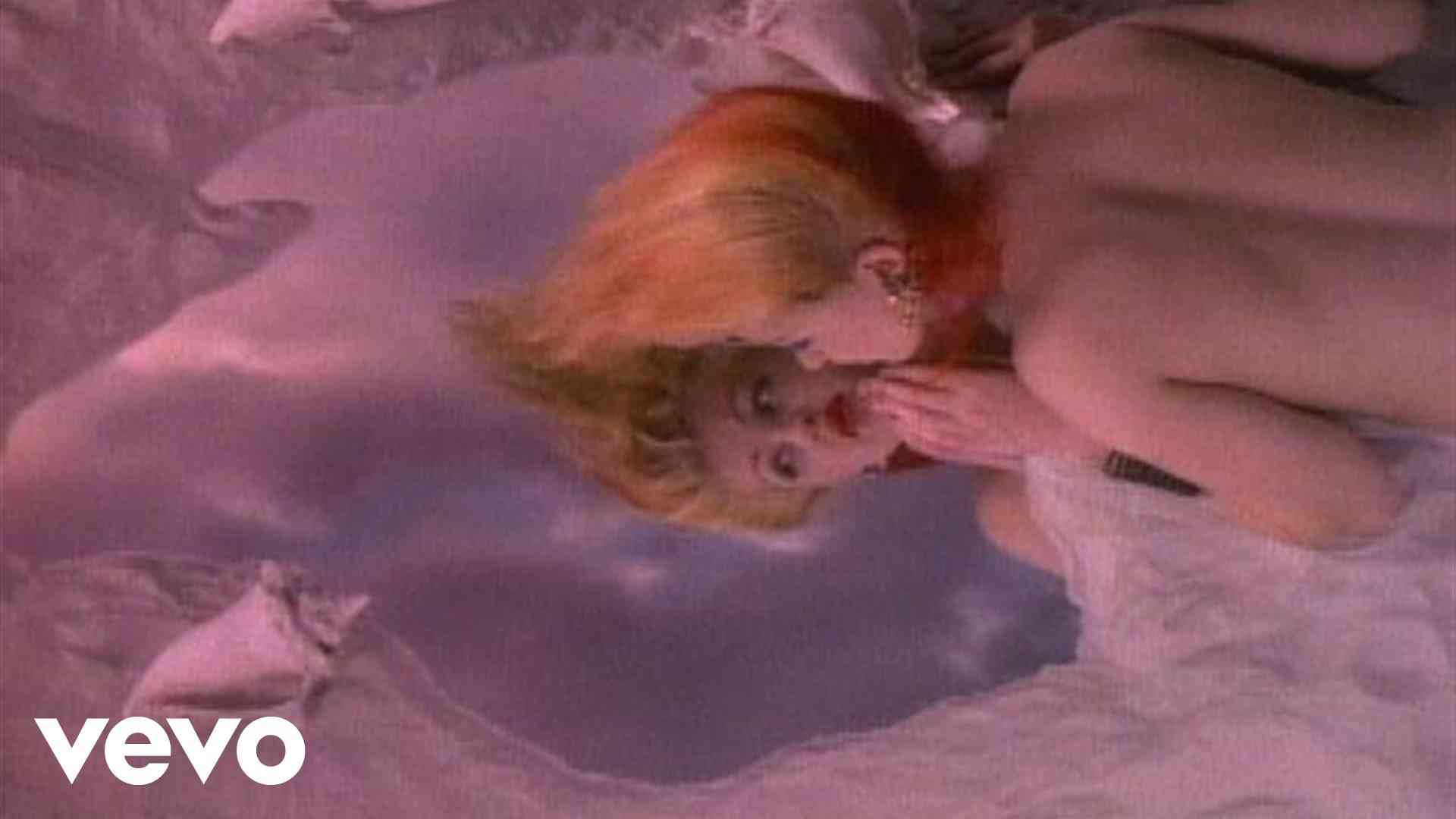 Cyndi Lauper - True Colors (Video) - YouTube
