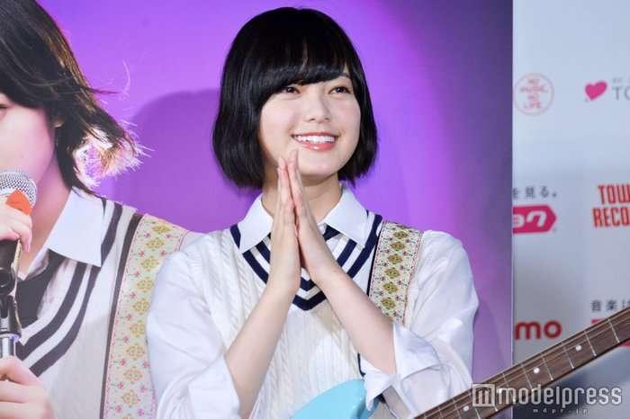 欅坂46平手友梨奈を「生存確認」サプライズ生出演で近況明かす - モデルプレス