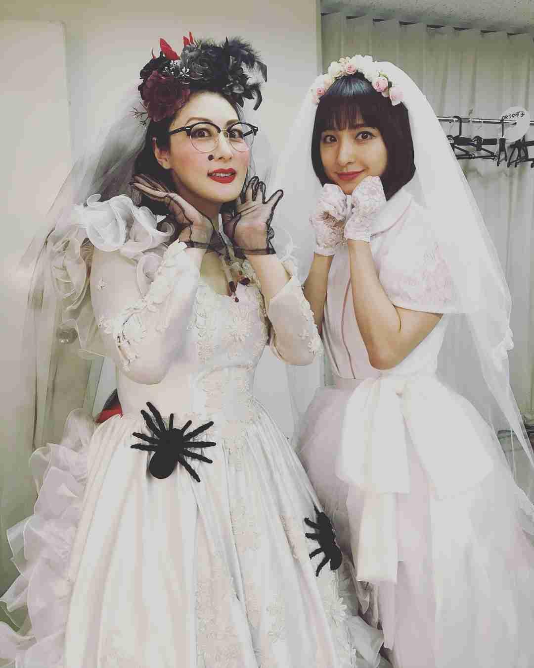 篠田麻里子と鳥居みゆき? 2人のウェディング姿に「きれいすぎる」とファン絶賛