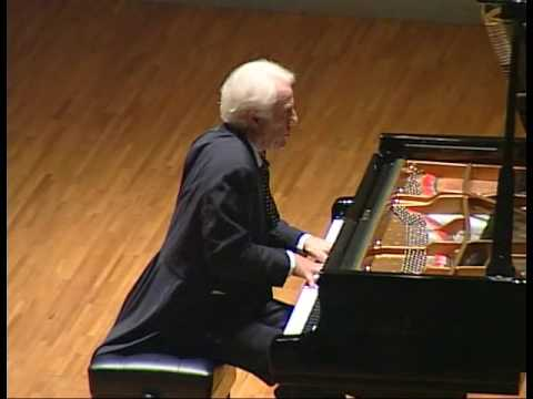 Beethoven Pathetique Sonata - 2nd mov 「悲愴」2楽章 Eric Heidsieck - YouTube