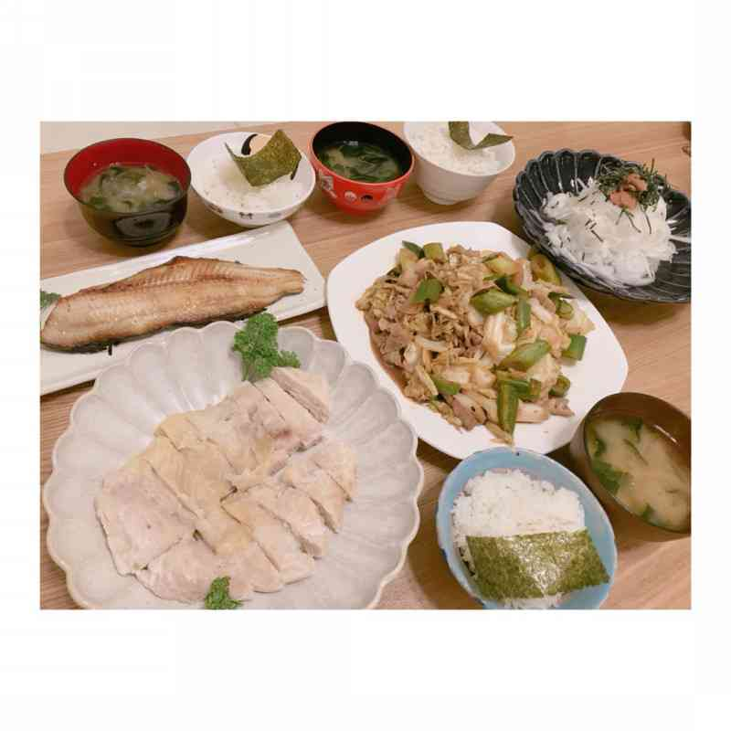 辻希美、「地味な食卓」を子供たちが平らげ喜ぶ…「何だか白と茶と緑な夕飯ですが」
