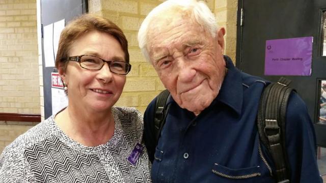 104歳の豪男性、安楽死のためスイスへ 長寿を「後悔」