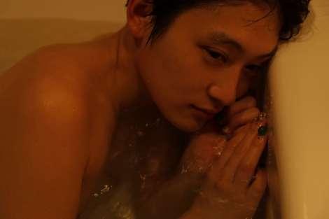 水曜日のカンパネラ・コムアイ、初の写真集は二階堂ふみが撮影 | ORICON NEWS