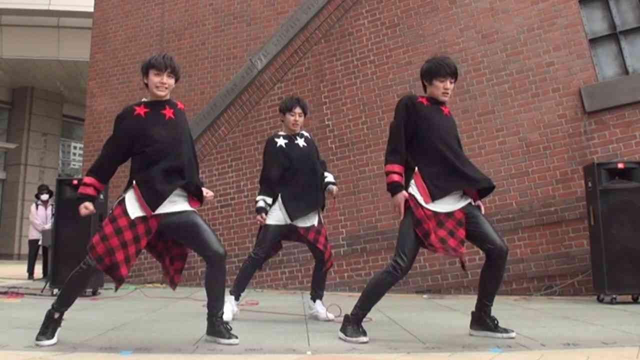 【公式】さとり少年団ストリートライブ映像『BREAK ME DOWN』@ミューザ川崎 - YouTube