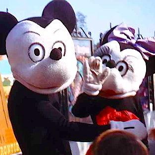 【古い順に】昔のミッキー&ミニーが別物すぎてヒドイ【並べてみた】 - NAVER まとめ