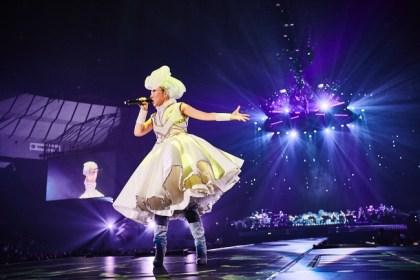 MISIA「歌手にしてくれて本当にありがとう!」万感の20周年記念
