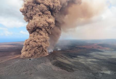 キラウエア火山噴火!ハワイ島へ行く?