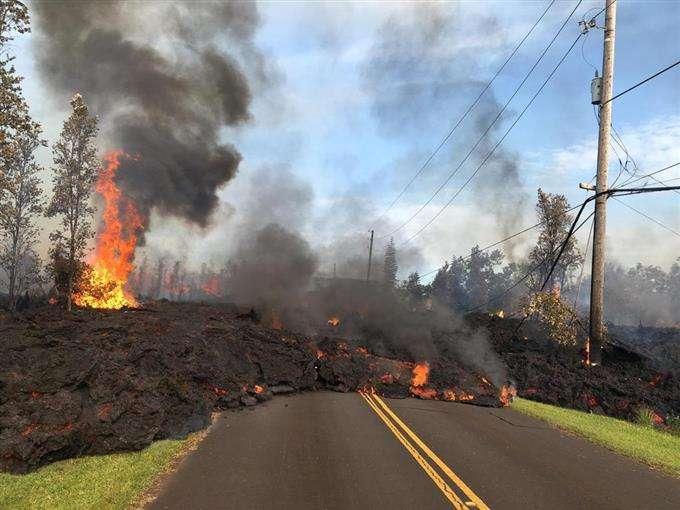 ハワイのキラウエア火山、噴火や地震「数カ月続く」と専門家 2千人近くが避難 - 読んで見フォト - 産経フォト