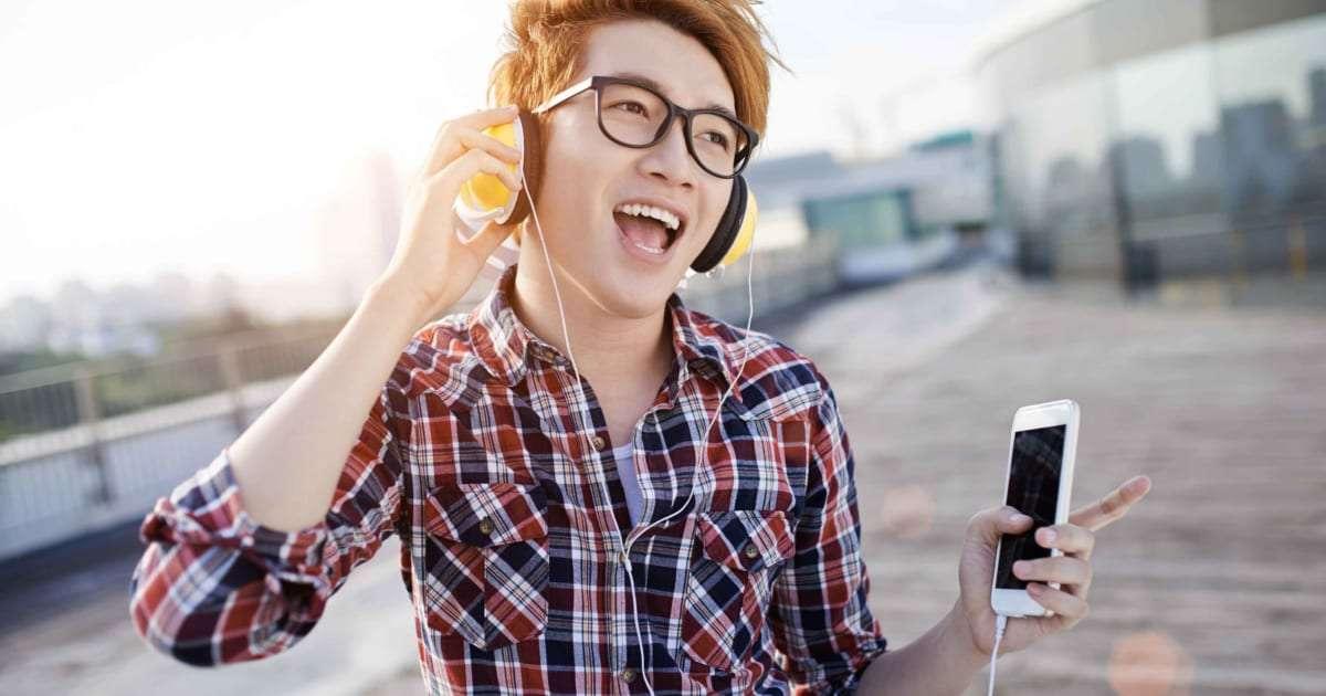 音楽好きほど歌詞を聴いていないは本当? 愛好家たちに聞いてみると… – しらべぇ   気になるアレを大調査ニュース!