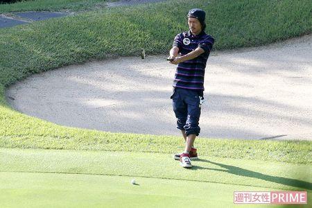 「ちょっと品のない格好」ゴルフ場で目を引いた森田剛の服