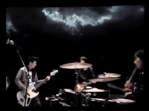 BUMP OF CHICKEN『カルマ』 - YouTube