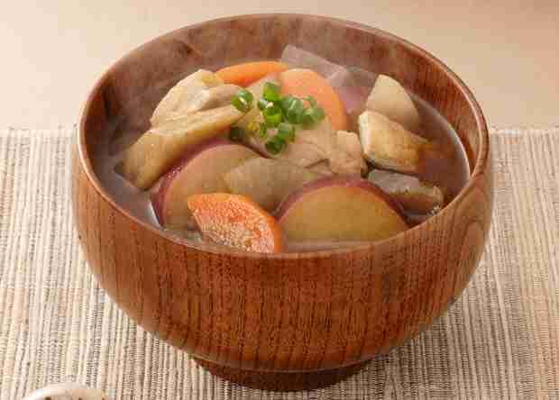 味噌汁の具にサツマイモはありなのか 「甘くなって嫌」に対し「味噌の味が甘みと合って最高」という歓迎派も