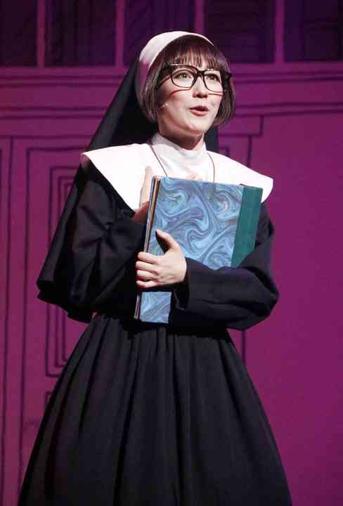 まゆゆこと渡辺麻友、初ミュージカル「アメリ」でキスシーン初体験「緊張と不安とドキドキと楽しみが…」