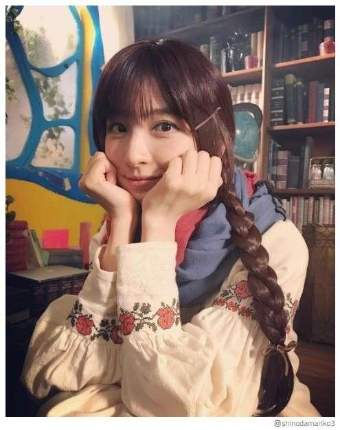 篠田麻里子、メルヘンな三つ編みおさげに「妖精みたい」「可愛すぎる」とファン悶絶 - モデルプレス