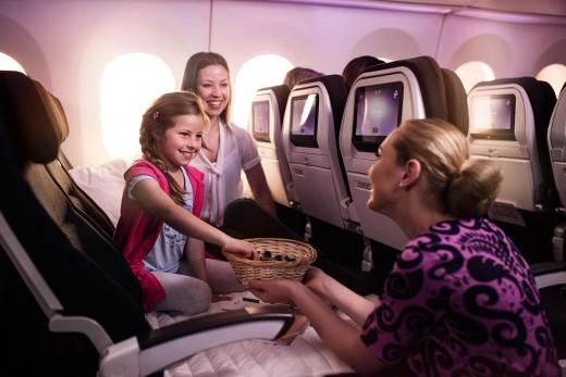 エコノミー「スカイカウチ」 - 国際線の機内サービス - 機内にて - サービス | ニュージーランド航空- 日本