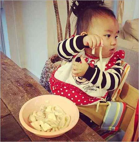 安田美沙子、愛情たっぷりの離乳食に「思いもよらぬ指摘」