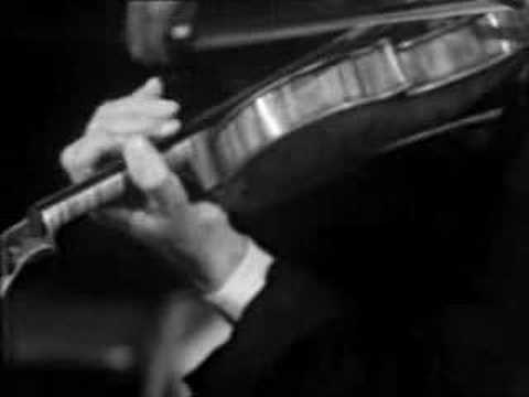 Ivry Gitlis Saint Saens Rondò Capriccioso violin - YouTube