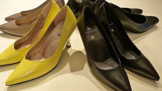 下着メーカーのワコールが売る婦人靴 立ち仕事が多い女性から支持
